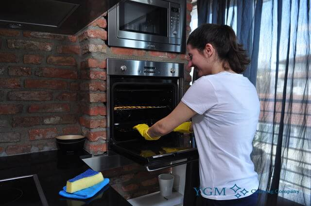 Gorton expert oven cleaning